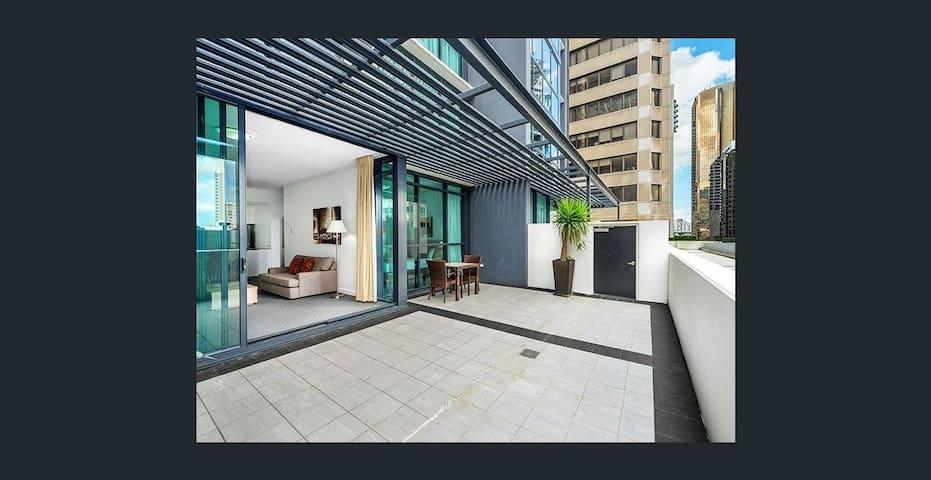 Brisbane CBD 1 Bedroom Apt/5G WiFi/Netflix/Balcony