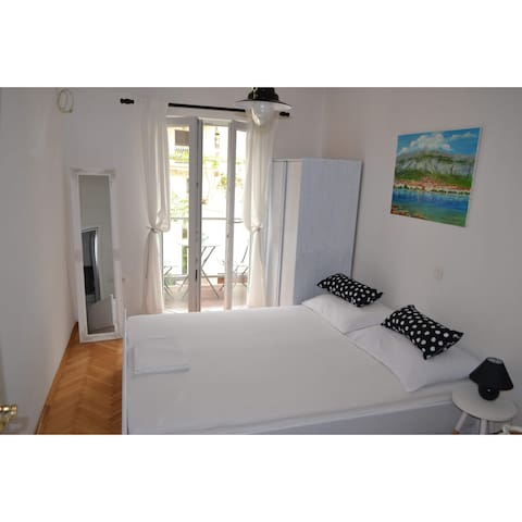 Studio flat for 2 in Makarska
