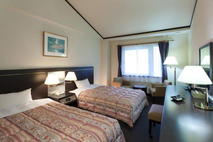 Twin Room (Nonsmoking) in a Resort Hotel with hot springs, close to Mt. Hiruzen in Okayama