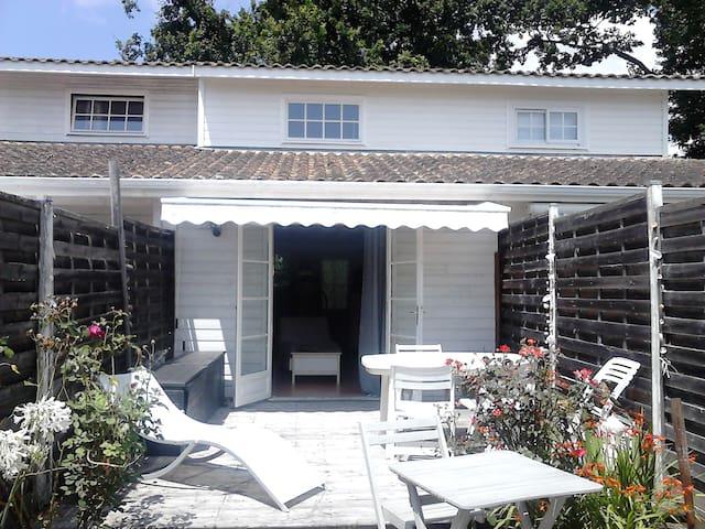 t2  en duplex confortable avec jardinet - Andernos-les-Bains - Appartement