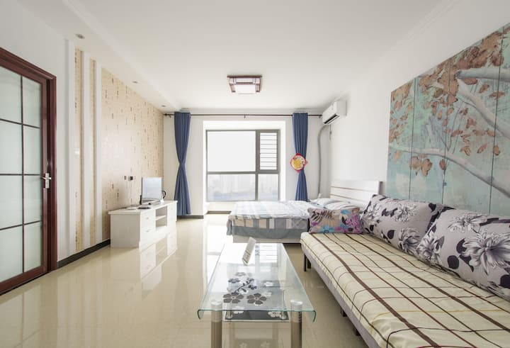 第二宿舍2号房:躺在床上看大海的精装海景公寓(自助入住 低价景区门票)