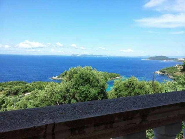 Traumhafte Villa mit Panoramablick - Perdika