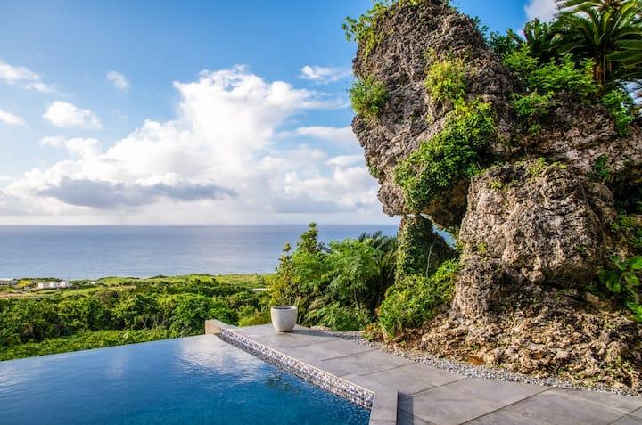 古宇利島の雄大なオーシャンビューを望むヴィラ:Hanalee Villa Kouri:Tokei