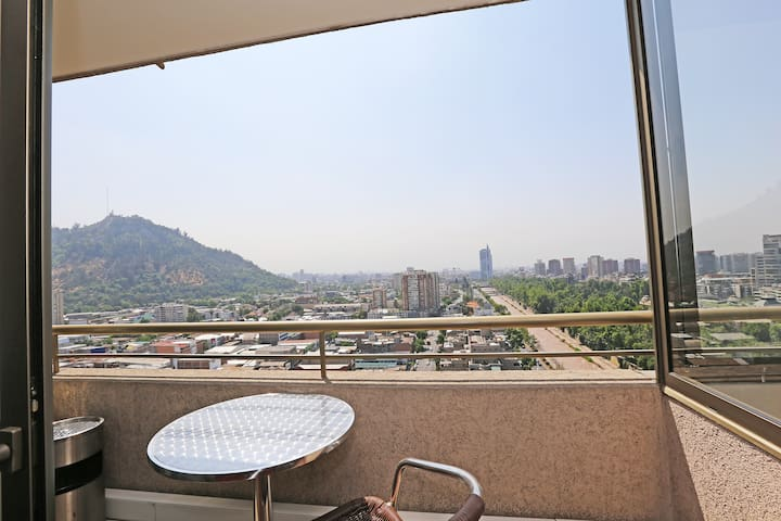 Fully Furnished Apartment with A/C Bellas Artes 5