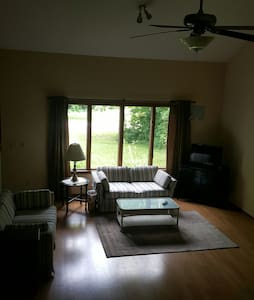 DeWitt 3BR LakeAccess-Close to MSU - DeWitt
