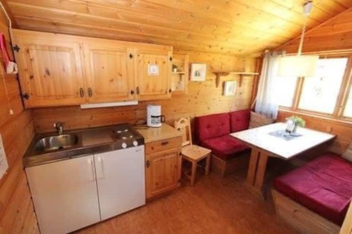 Sjusjotunet hyttecampingplass.  Ring 90813401