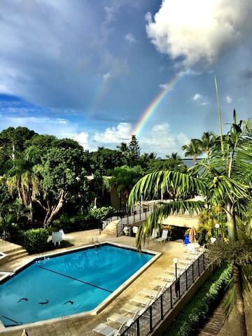 Beautiful two bedroom Moon Bay condo with a view - Key Largo - Appartement