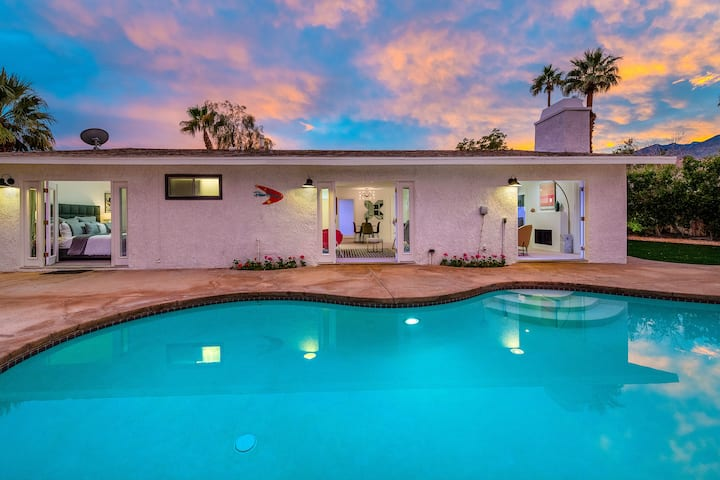 The Yellow Door Resort - Escape to Palm Springs!