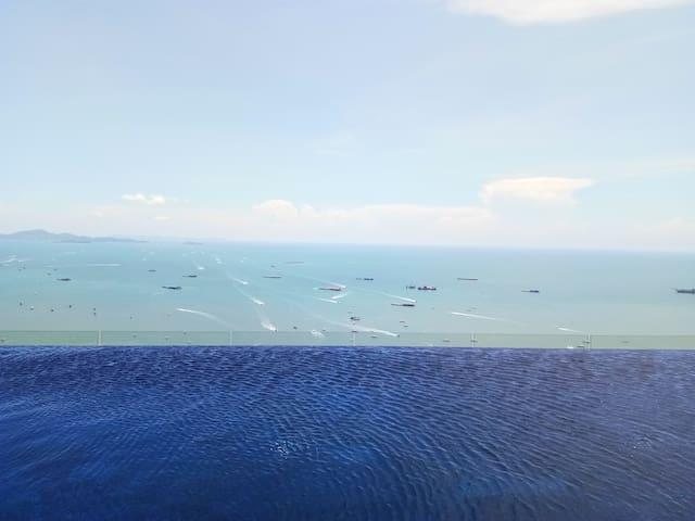 Centric Sea Condo @Central Pattaya @Pattaya Beach