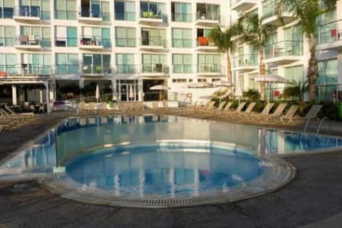 Modern seaview apartment, perfect location - 216A