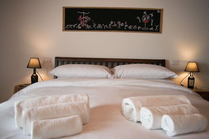 VINOSUITE - Relax&Design nel cuore della Valdorcia