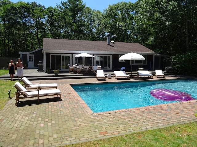 Newly Renovated Sagaponack Gem with great pool - Sagaponack - 단독주택