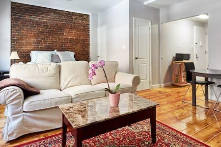 Luxury Alcove Studio in Chelsea