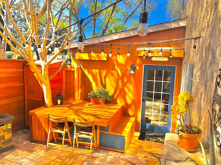 One Bedroom One Bath w/ Private Entrance and Patio