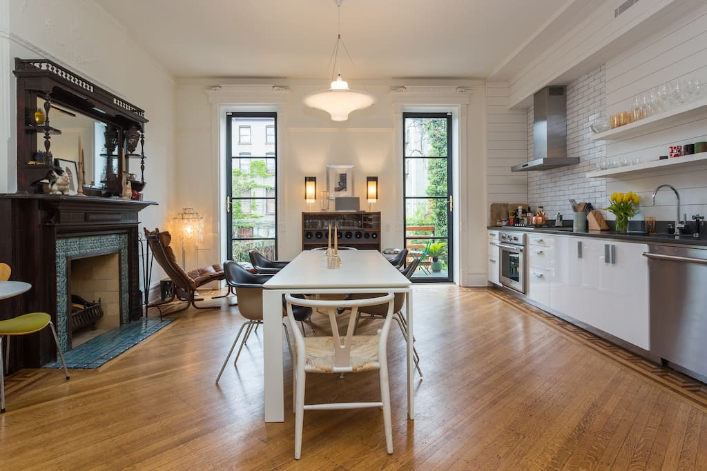 Huge new 1700sf brownstone duplex townhouses for rent in for Townhouse for rent nyc