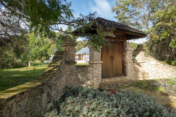 Garden Pavilion - Art House Yallingup