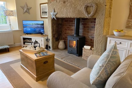 Award winning Dove Cottage nr Warkworth 4*Gold