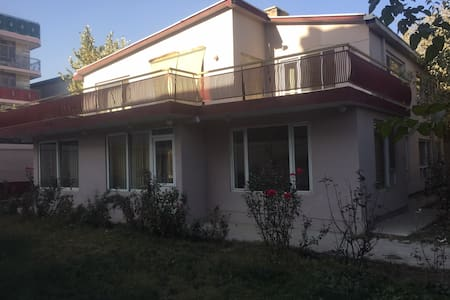 Safe place in Kabul - Kabul - House