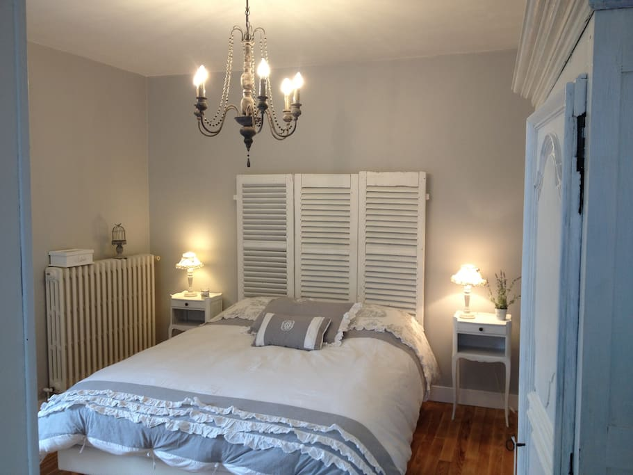 Double bedroom on 1st floor,  Chambre Bocage.