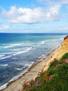 Spectacular views overlooking the ocean.