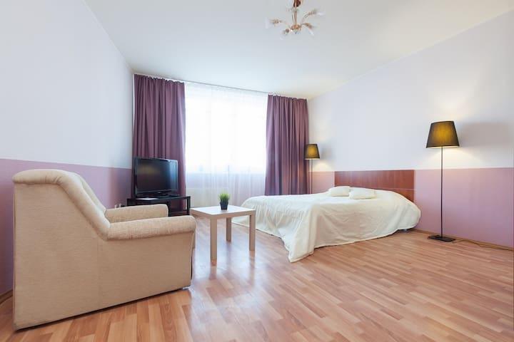 1-к квартира - Малышева, 4б - Jekaterinburg - Huoneisto