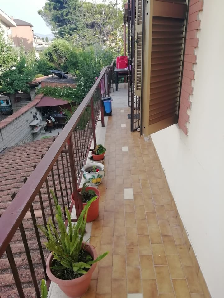 Roma Appartamento a CASA DI LAURA🏡 MORENA
