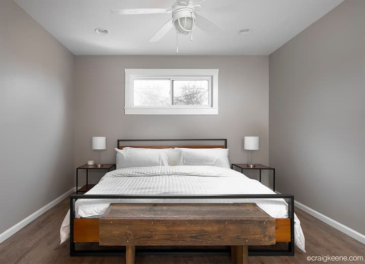 *Location * King Bed Master Suite * Google Fiber*