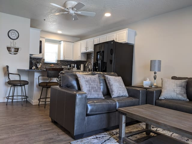Bay Pointe Unit #8 - Lakefront Luxury