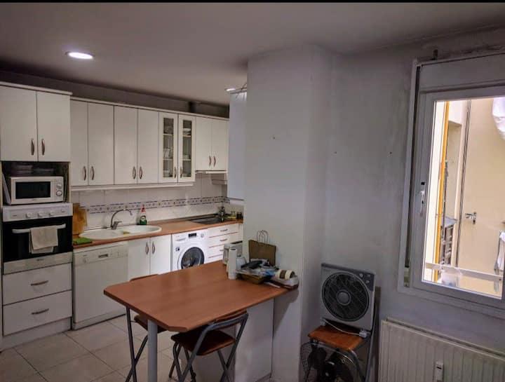 Alquilo habitación / I Rent a room