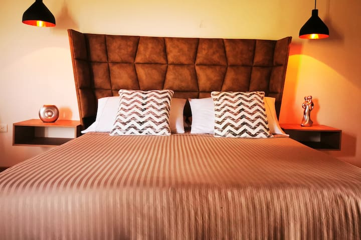 5★MAGIC VIEW SUITE★ 10MIN FROM THE JMC AIRPORT.