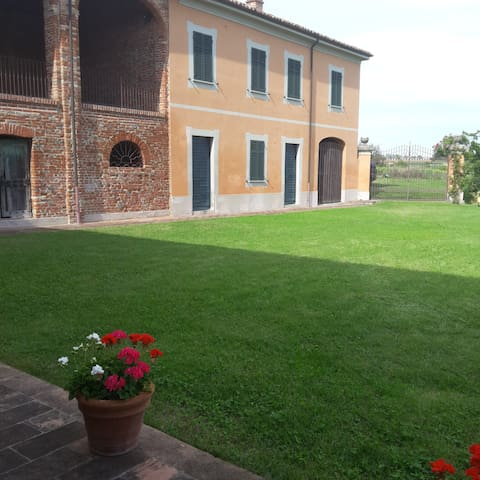 MT Country House - San Salvatore Monferrato - House