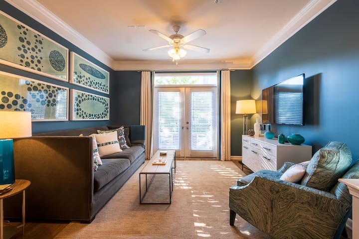Live + Work + Stay + Easy   1BR in Raleigh