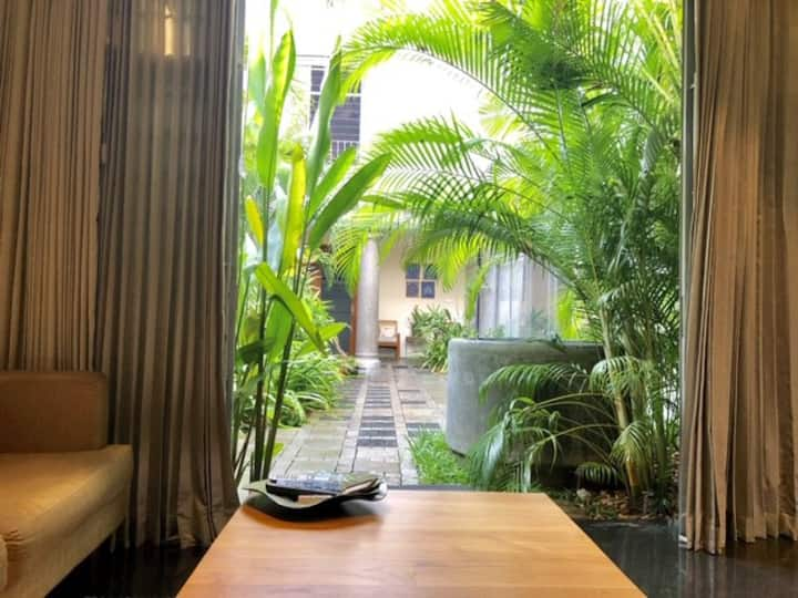 ABRA–The Courtyard Villa #Lotus(Private Room)