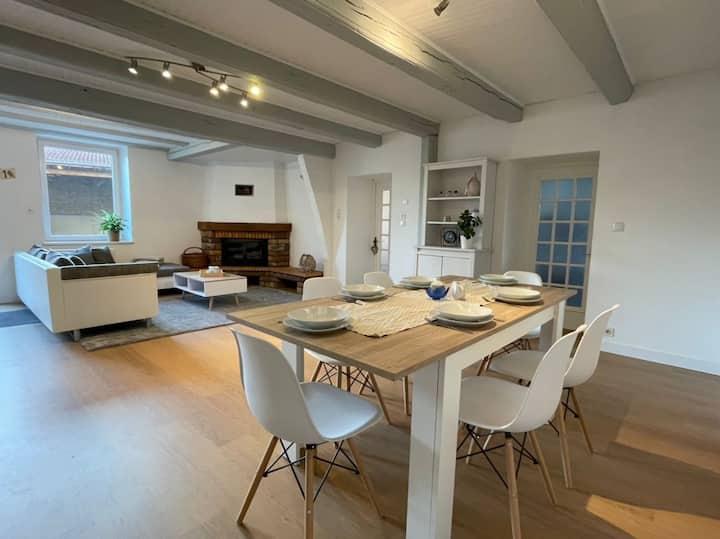Agréable logement F4 avec grande cour privative