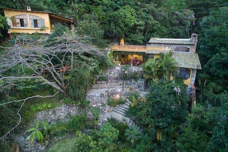 Lakeside Villa on Lake Atitlan - Lago de Atitlan
