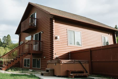 High Country Guest Ranch - #6 Saddle Ridge