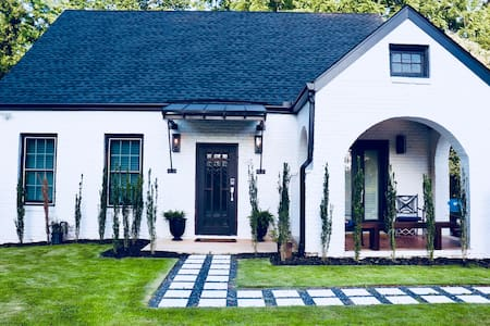 Gorgeous New Modern w Old World Style