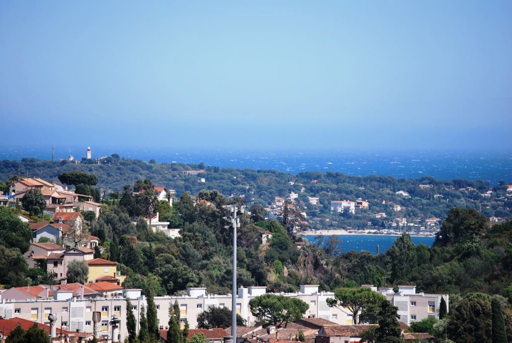 vue sur cap d'Antibes