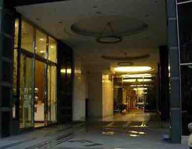 新板特區 F1 五鐵共構 飯店式管理 24小時保全