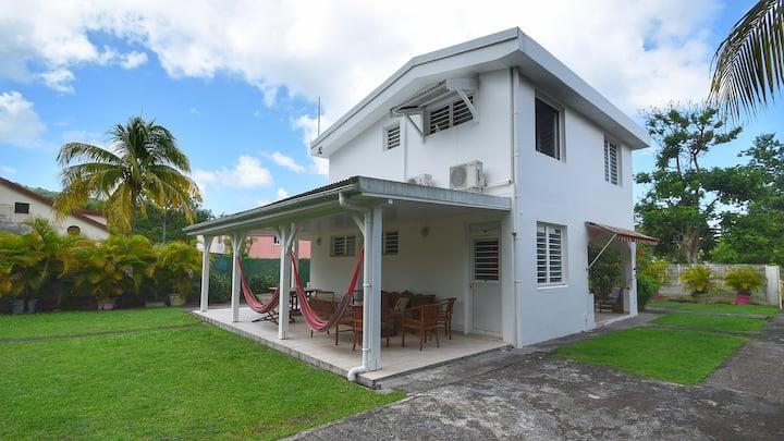 Villa 3 chambres 200 m de la plage
