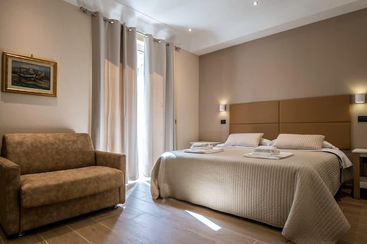 Comfy Room in Sorrento city center