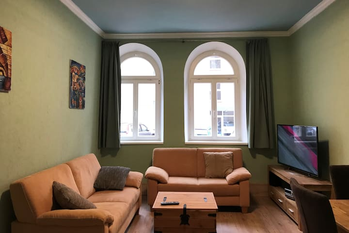 Near Centrum 60m² 3 room apartment, renovated