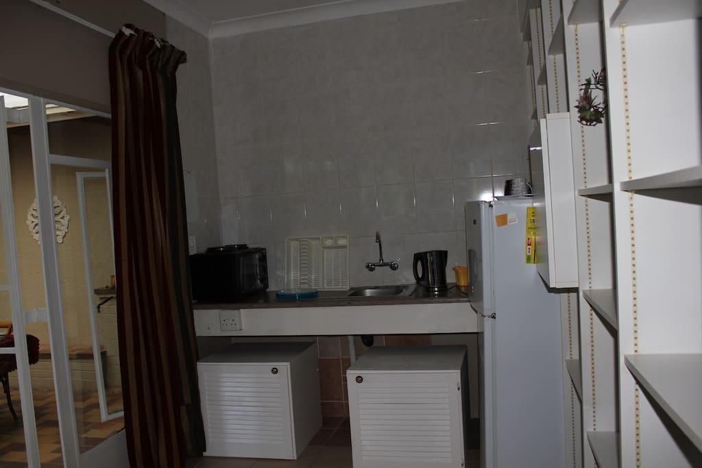 Kitchenette/ Apartment