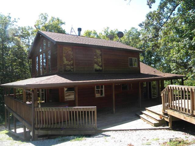 NEWEST PROPERTY ON THE WINE TRAIL ON 20 ACRES