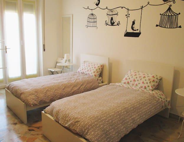 La Luna nel Pozzo B&b, Zona Malpensa - Lonate Pozzolo - Bed & Breakfast