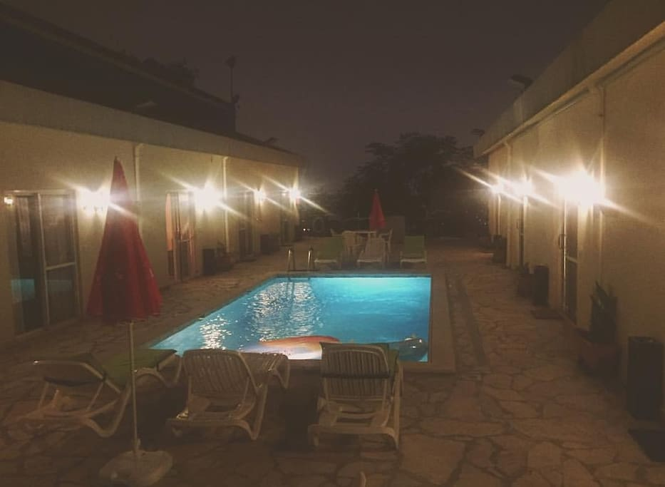 the bungalows by night