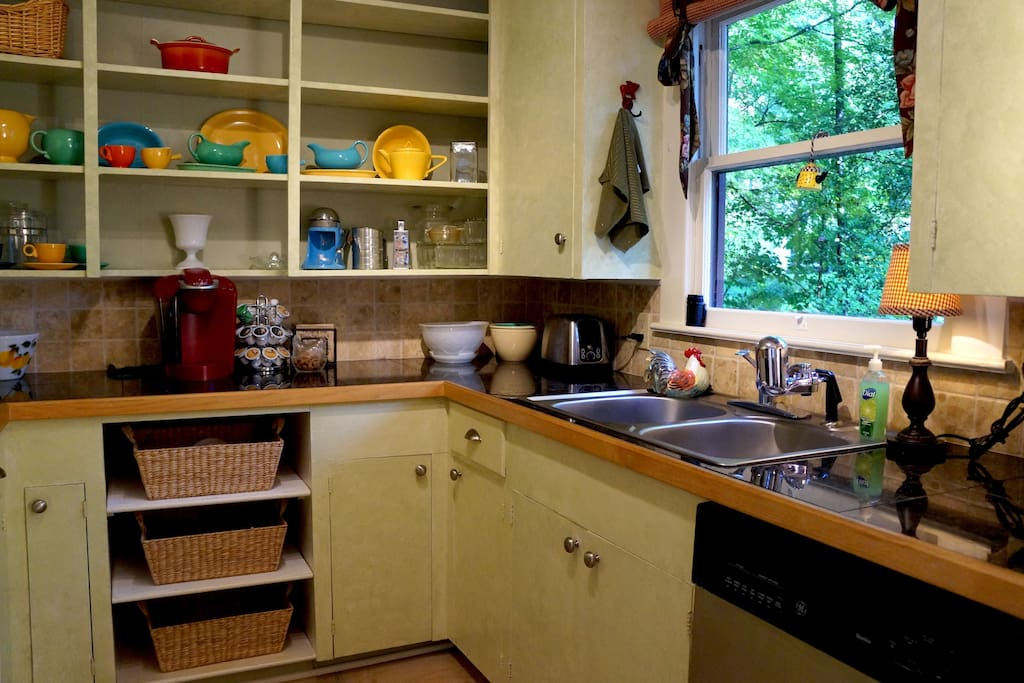 GREAT kitchen - fully equipped.  Lovely view.