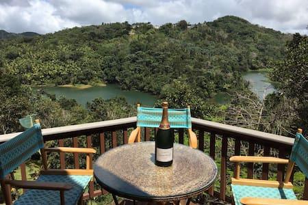 Villa Glorimer Lake House Retreat