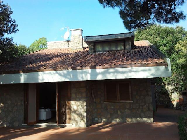 Fantastica villa vista mare - house with sea view