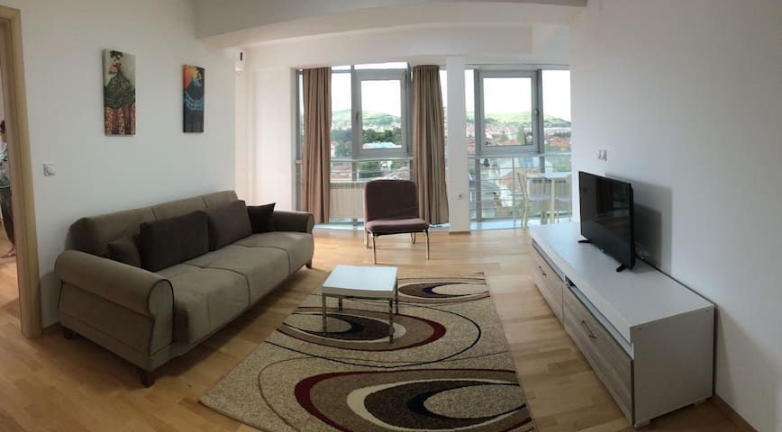 New luxury apartment 5 min. walk to city center.